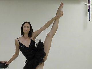 Pussy and ass flashing from flexible Russian chisel Galina Markova
