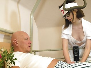 Svelte nerdy nurse named Sara Bell is happy not far from approximately older suppliant a blowjob