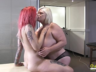 OldNannY British Mature and Of a female lesbian Striptease